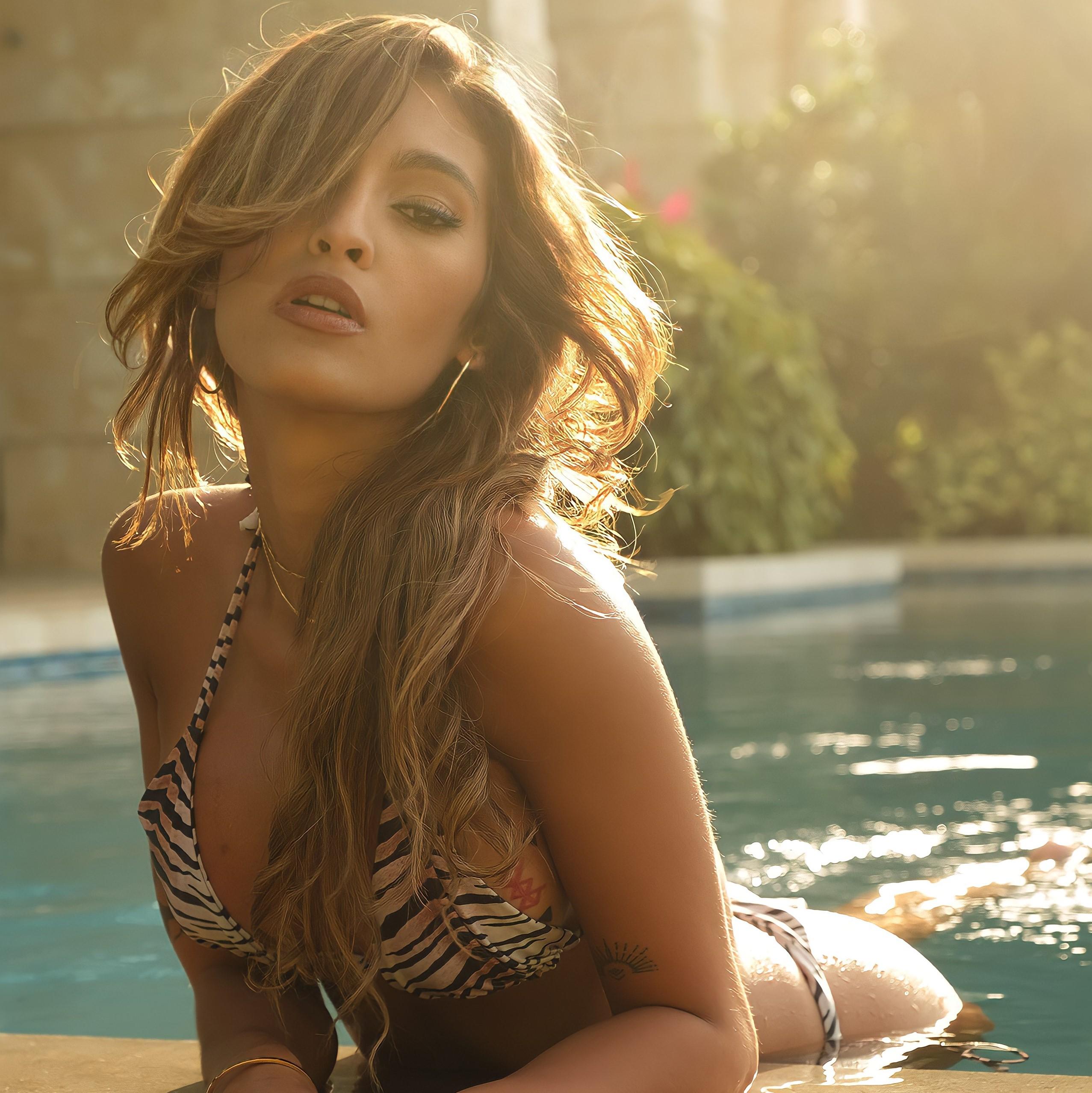 Recibe mensajes de video personalizados de Camila Cadiz en Celevideos